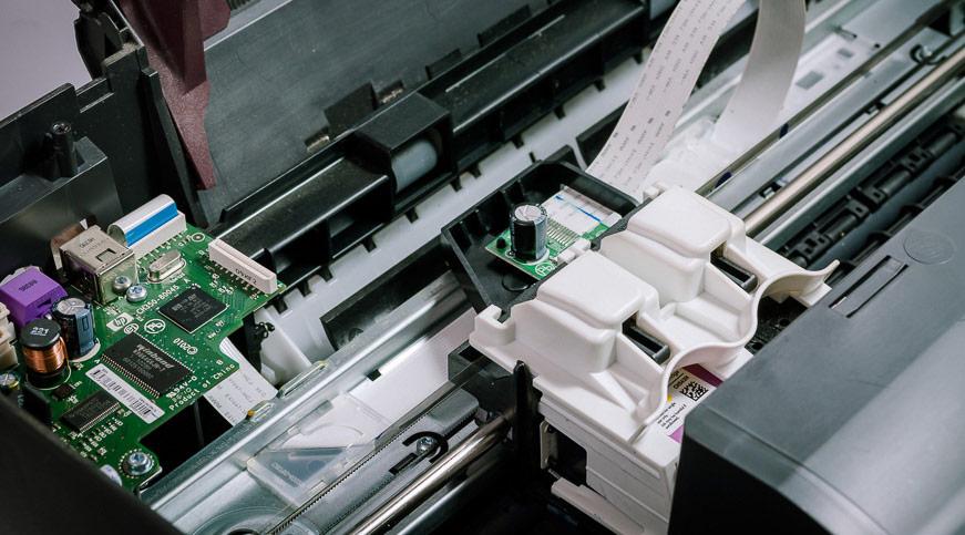Drucktechnik: Laser- vs. Tintenstrahldrucker